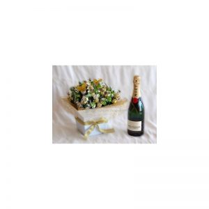 Mega sweet Bouquet with Moët and Chandon