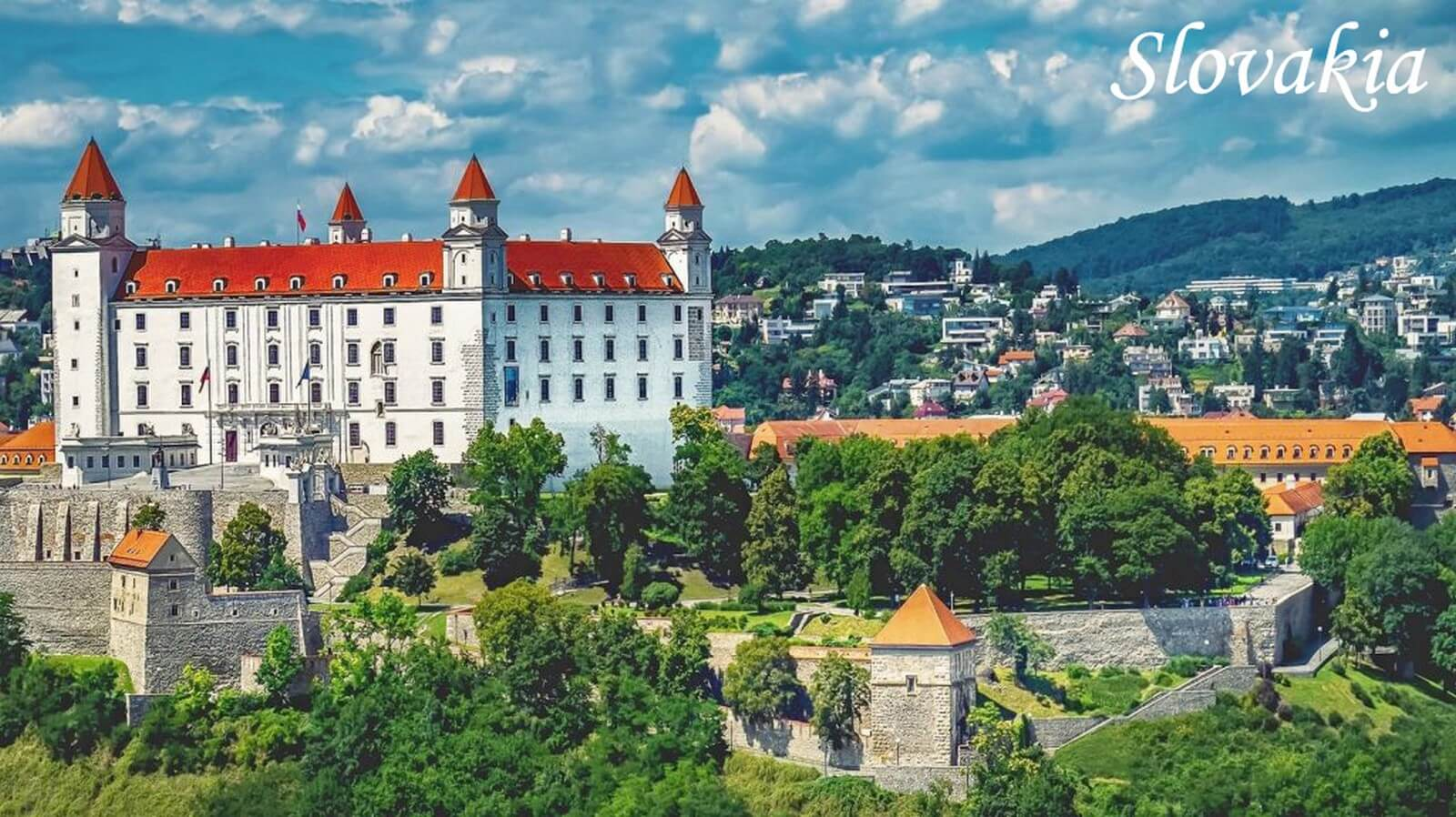 send gift baskets to slovakia