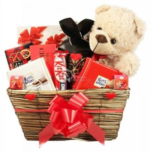 Show Your Love – Chocolate Gift Basket