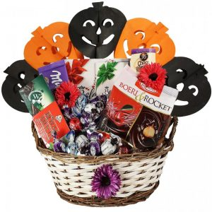 Sweet Attention – Halloween Gift Basket