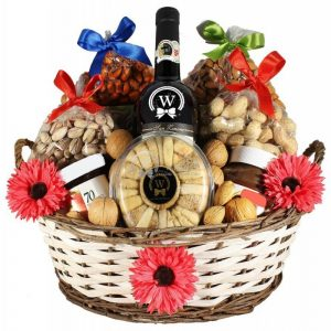 The Tastes Explorer – Rosh Hashanah Gift Basket Europe
